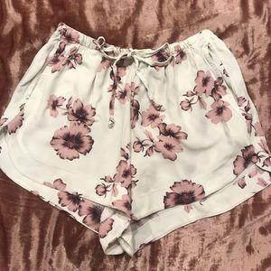 Brandy Melville Flowered shorts